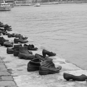 Budapest, monumento all'Olocausto - foto di Sabrina Barbante