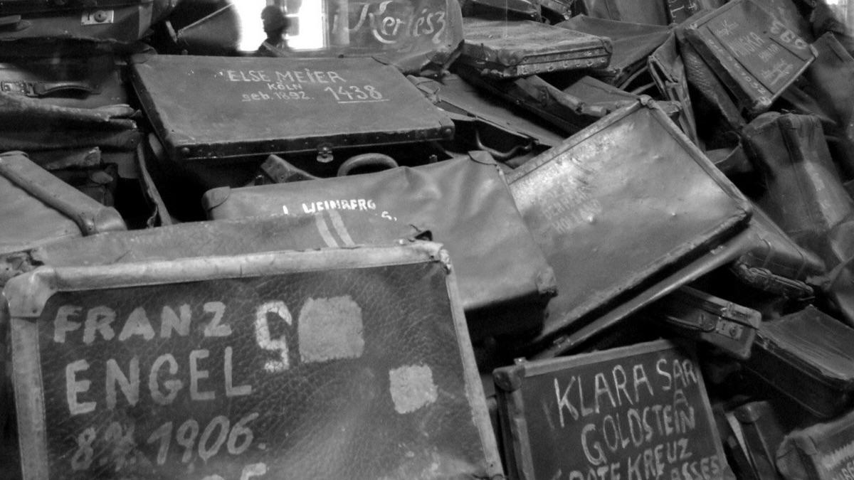 Campo di concentramento di Auschwitz - dettaglio valige
