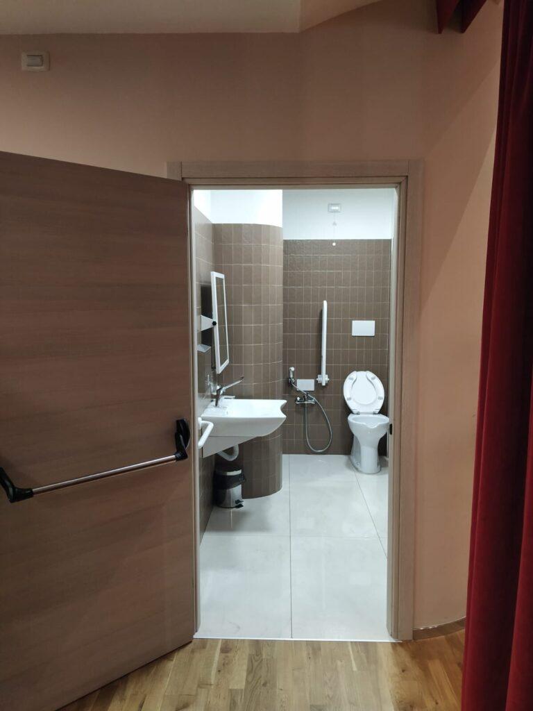 bagno del teatro - accessibile